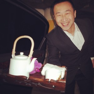 angela-carson-beijing-blog-airport-car-driver-tea-service-luxury-airport-pickup