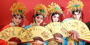 angela-carson-hong-kong-travel-blog-chinese-opera-costume