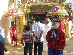 Adventures Of An Indian Wedding (or how Nick and Angela became Tamil Nadu celebrities) – part 2 of 2